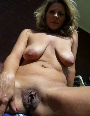 Wicked Shaved Moms